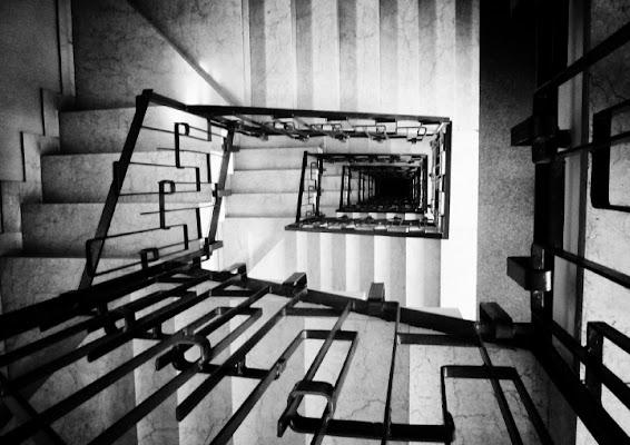Il buio in fondo alle scale di Isabella62