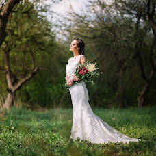 Wedding photographer Oleg Podyuk (DAVISDM). Photo of 20.06.2015