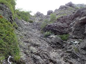 緩斜面の岩場が続く