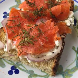 Smoked Salmon Breakfast Toast Recipe