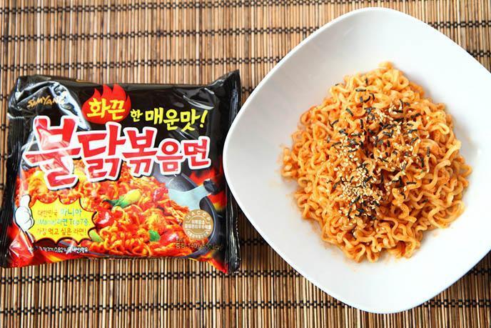 D:Mì Hàn Quốc- cùng tìm hiểu qua loại mì có xuất xứ từ xứ sở kim chi nổi tiếngmi-cay-han-quoc-2.jpg
