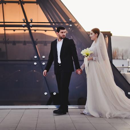 Wedding photographer Kamil Ismailov (kamilismailov). Photo of 12.12.2017