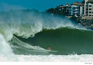 Photo: Nic Lamb, Puerto Escondido. Photo: Glaser #surferphotos