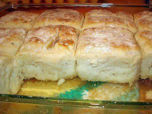 Mix Bisquick, sour cream and 7 up. Dough will be very soft - don't...