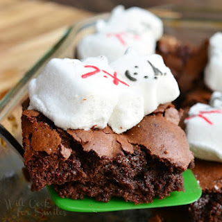 Gooey Peppermint Marshmallow Brownies