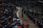 【佔中九子案】辯方:催淚彈後被告呼籲市民離開不應因自發示威被定罪
