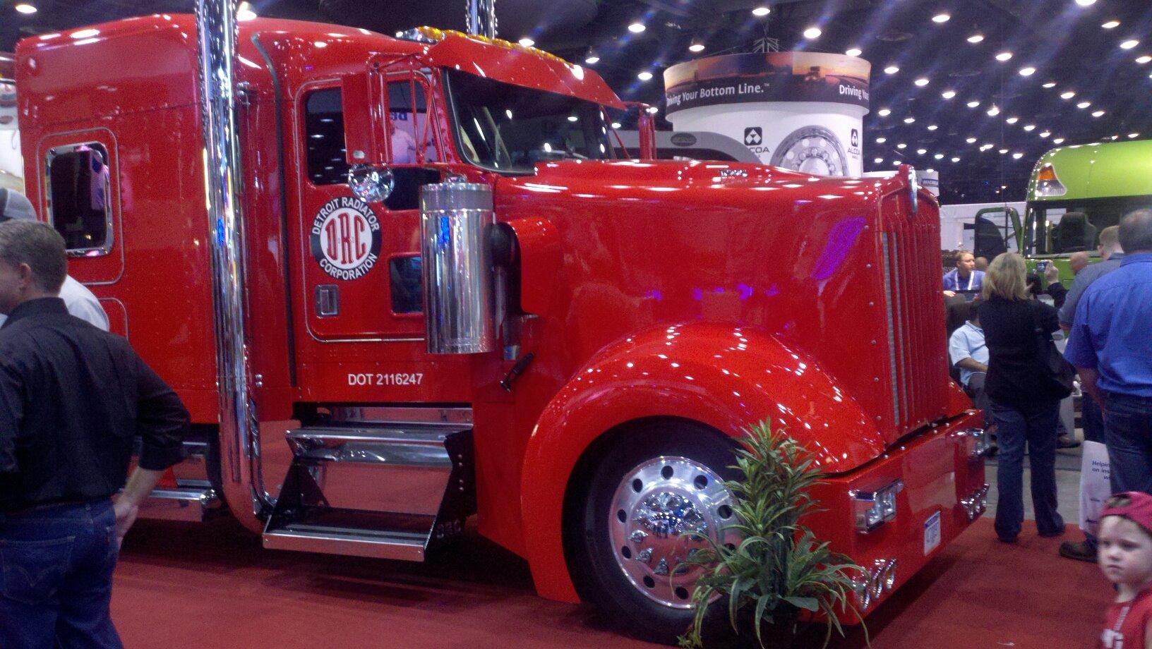 Kenworth W900L Truck hood