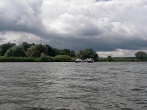 Photo: znowu tłoczno na rzece