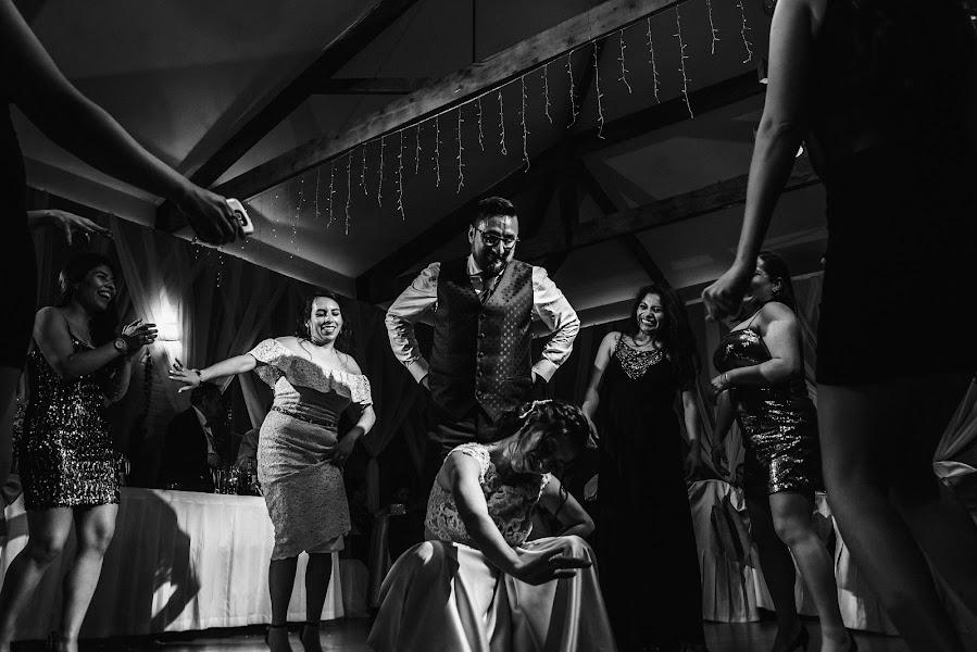 Wedding photographer Valery Garnica (focusmilebodas2). Photo of 18.11.2019