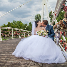 Wedding photographer Alena Suslova (AlSuslova). Photo of 05.08.2014