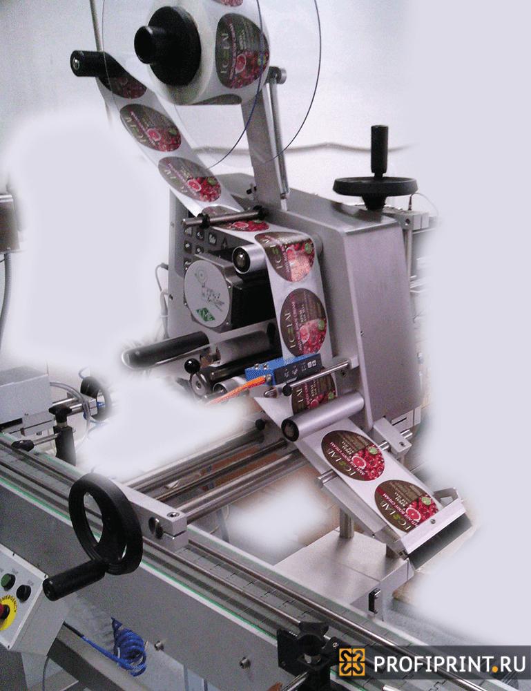 Аппликатор ЕМЕ 2-120 — с регулировочным креплением для нанесения этикеток сверху на объект