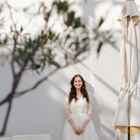Wedding photographer Arina Kosicyna (ukushu). Photo of 02.03.2018