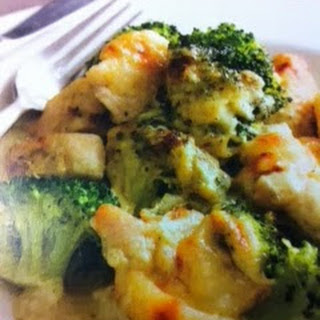 Cheesy Chicken and Broccoli Crockpot
