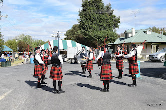 Photo: Naracoorte Pipe Band http://www.australianpipebands.com/html/index.php?name=Content&pid=39