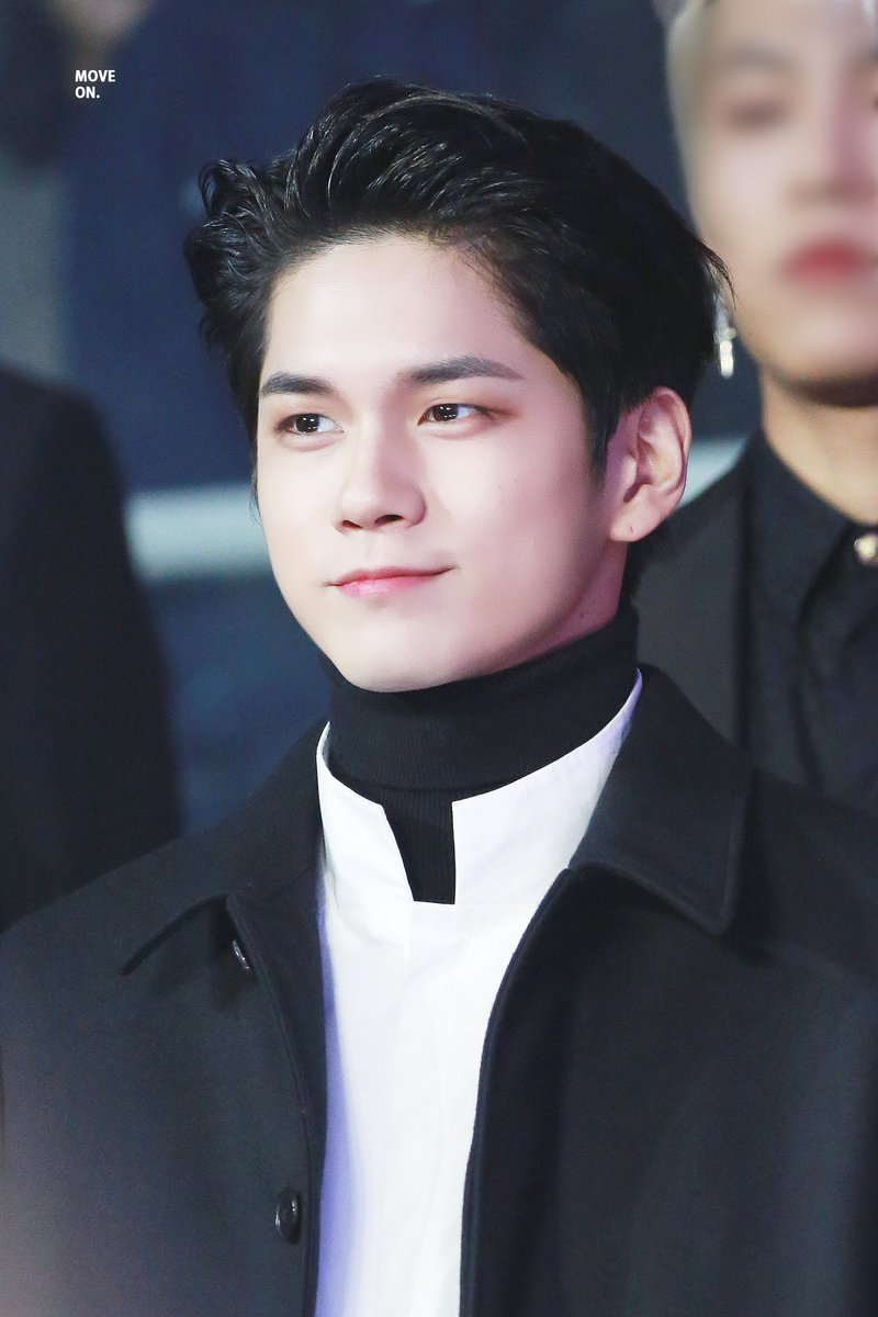 wanna one ong sungwoo viral 1