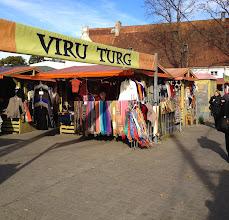 Photo: ...eller utomhusmarknader. Vart man gick såldes fantastiskt stickat i alla möjliga varianter.