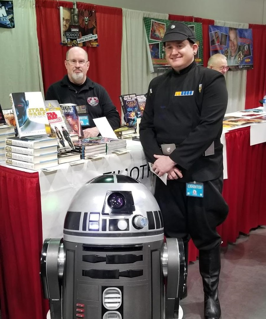 Greg and R4K5 meeting author Timothy Zahn