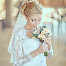 Wedding photographer Oleg Desyatnikov (10nikov). Photo of 02.02.2015