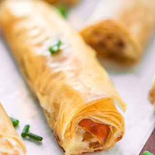 Cheese and Prosciutto Phyllo Rolls