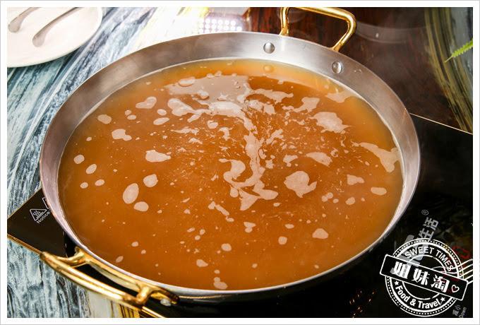 蒙娜麗莎海鮮鍋物牛雜鍋