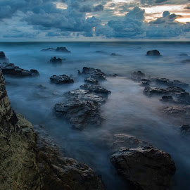 Waterworld by Raymond Pauly - Landscapes Waterscapes ( rocky beach, waterscape, beach, clouded sky, costa rica, long exposure, slow shutter )