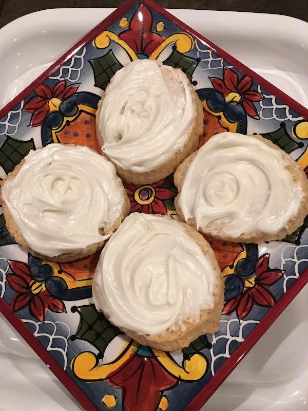Bonnie's Sour Cream Swirls