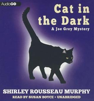 Cat in the Dark: A Joe Grey Mystery (#4)