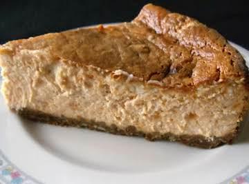 Sweet Potato Marshmallow Swirl Cheesecake
