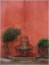 Photo: Detalle de una calle. Sevilla http://www.viajesenfamilia.it