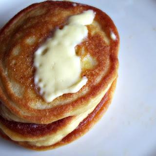 Fluffly Coconut Flour Pancakes.