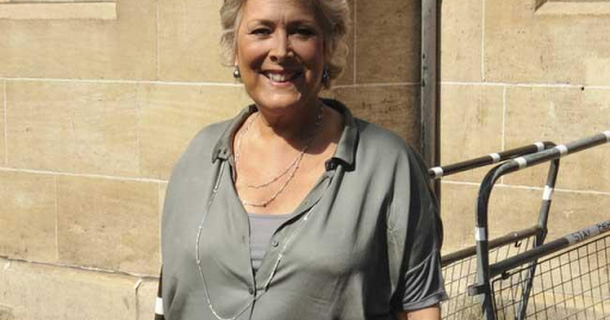 Lynda Bellingham 'turning over in her grave' over family feud