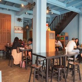 ミシュラン・ビブグルマンに選ばれたパッタイ専門店!タイ・バンコクのレトロ可愛いお店「バーン・パッタイ」