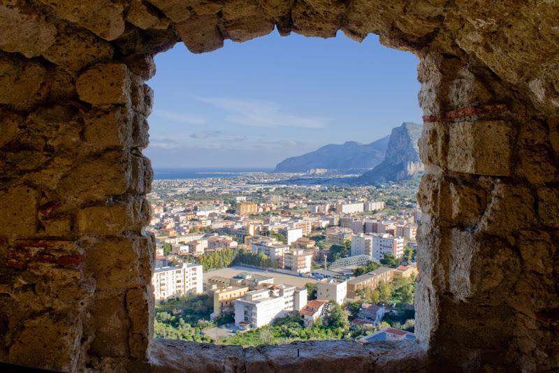 la finestra del castello di federicopatti