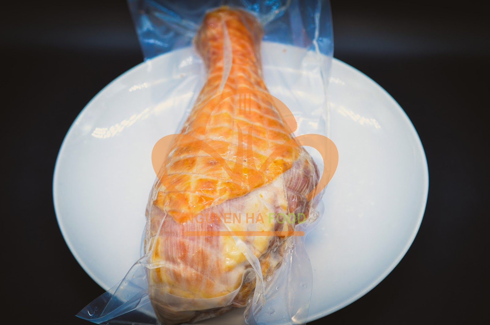 Đùi gà tây xông khói