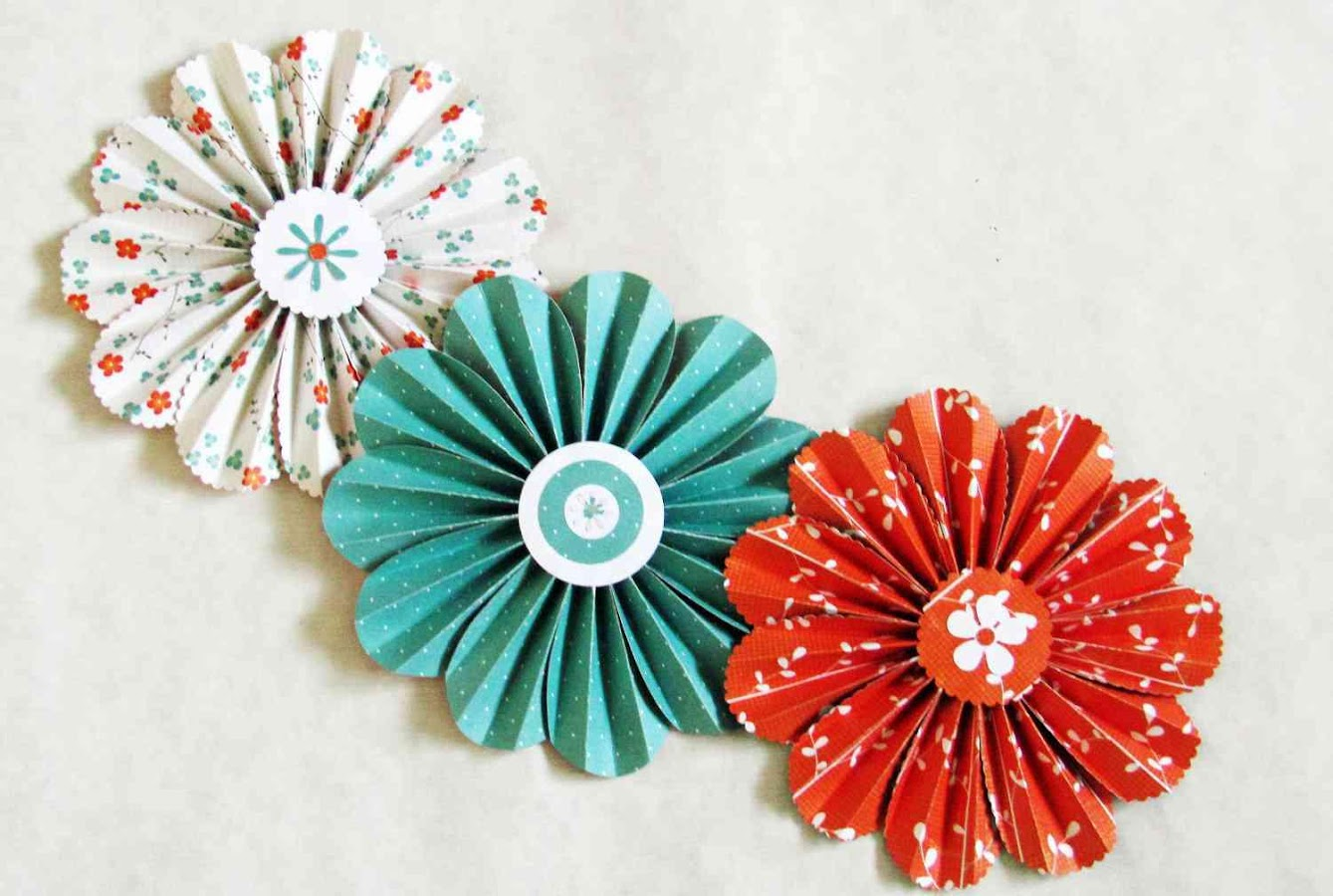 Scrapbook ideas with flowers - Creative Paper Flower Ideas Screenshot