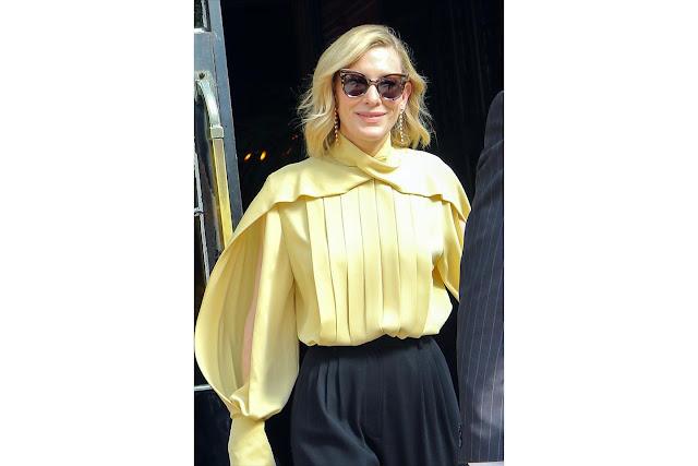 ケイト・ブランシェットの着こなしをよりスタイリッシュに見せる、動きのあるミニマムボブ。