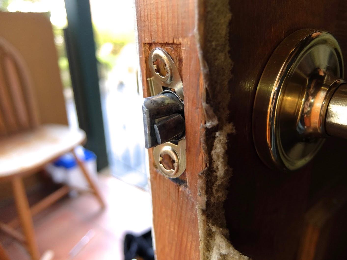 Replacing Kwikset Keyed Entry Door Knobs