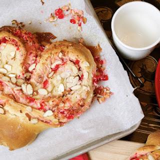 Sweetheart Coffeecake Recipe