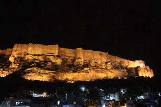 Photo: Mehrangarh from the roof of our lodge