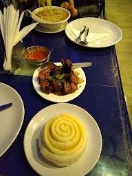Shangri La Bar & Restaurant photo 2