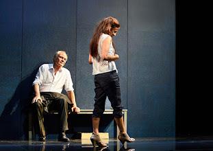 """Photo: WIEN/ Theater in der Josefstadt: """"VOR SONNENUNTERGANG"""" von Gerhard Hauptmann. Premiere 3.9.2015. Michael König, Martina Ebm. Copyright: Barbara Zeininger"""
