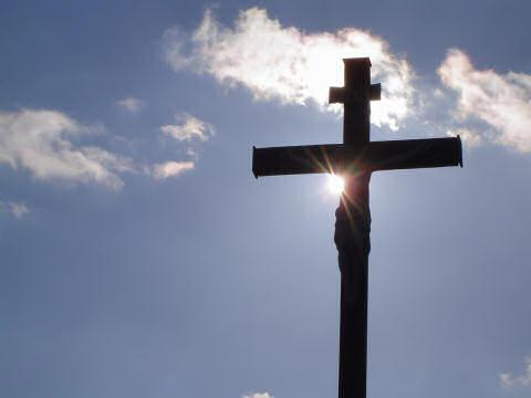 130458-crucifix.jpg