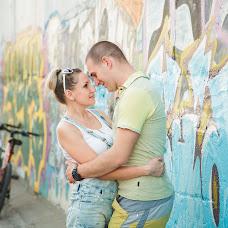 Wedding photographer Valeriya Kharitonova (LeraKharitonova). Photo of 18.07.2014