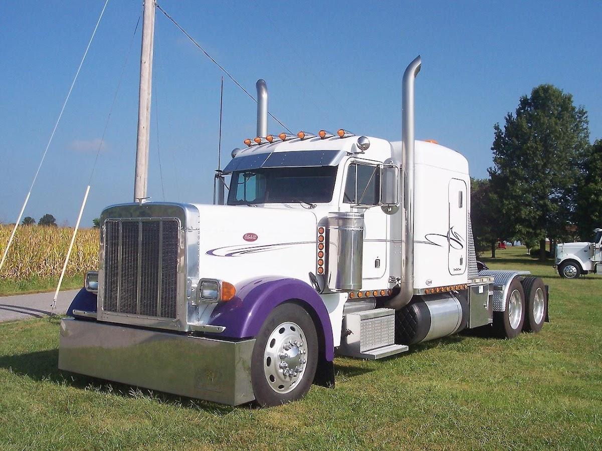 Peterbilt 379 Extended Truck