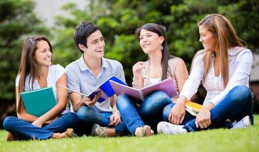 Universitas di Indonesia