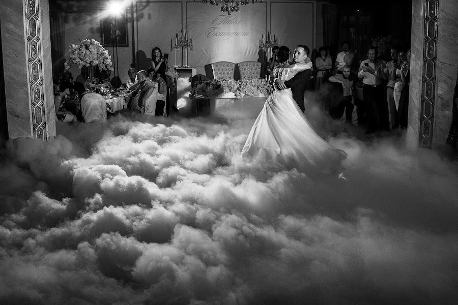 Wedding photographer Dmitriy Makarchenko (weddmak). Photo of 08.10.2019
