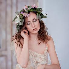 Wedding photographer Anna Lisovaya (AnchutosFox). Photo of 16.02.2018