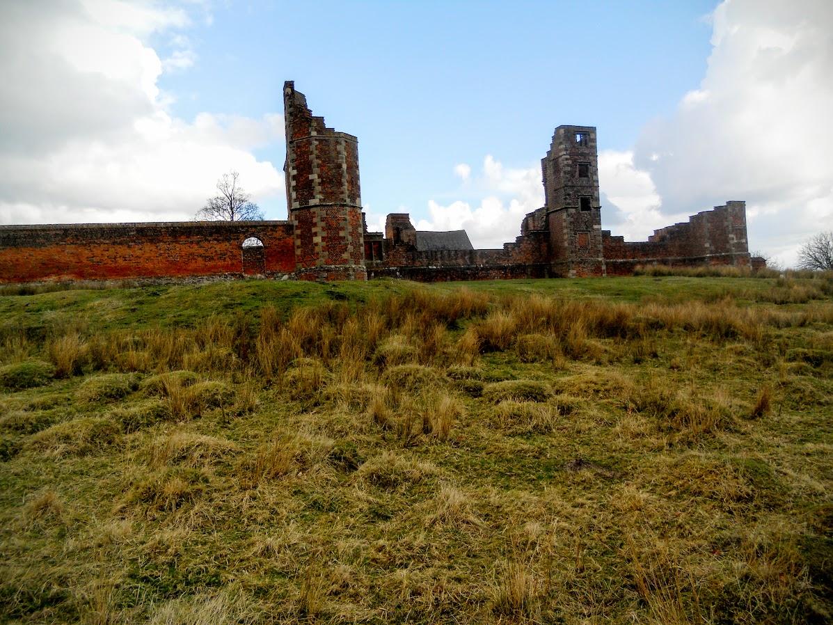 Bradgate House ruins