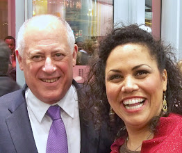 Photo: So does the Governor. Governor Pat Quinn asked about my girls. We have run into him quite a few times in recent months. This time we didn't sing together though.