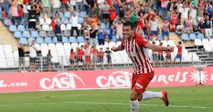 Álvaro Giménez, celebrando el gol al Zaragoza.